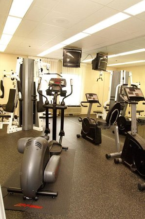 Holiday Inn Express & Suites - York: Stay In Your Routine Or Start A New One at Our Fitness Facility
