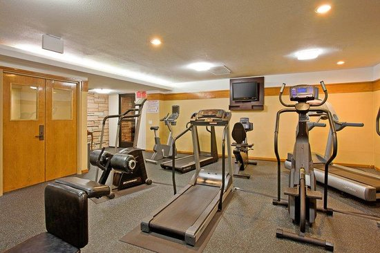 Holiday Inn Express Hotel &amp; Suites Ventura Harbor: Fitness Center