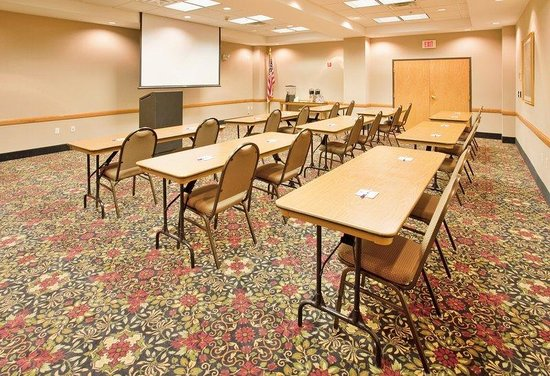 Norfolk, NE: Two Meeting Rooms to Suit Your Needs