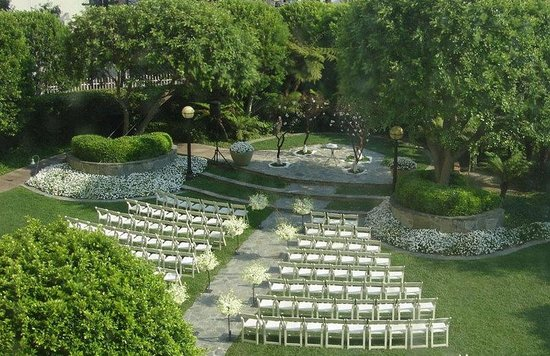 InterContinental Los Angeles Century City: Garden Wedding Ceremony