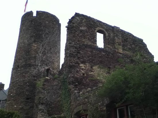 Alken, Deutschland: Castle ruins