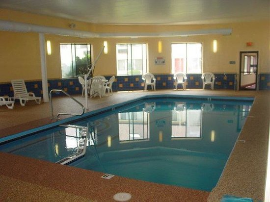 The Admiralty Inn : Indoor Pool