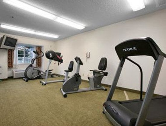 Dover, NH: Workout Room