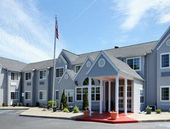 Latham, NY: Welcome to Microtel Inn by Wyndham Albany Airport