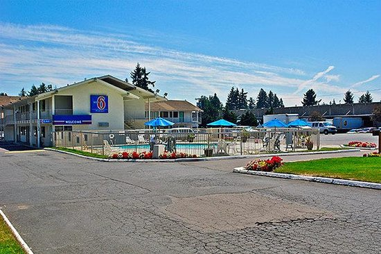 Photo of Motel 6 Portland South - Lake Oswego /Tigard