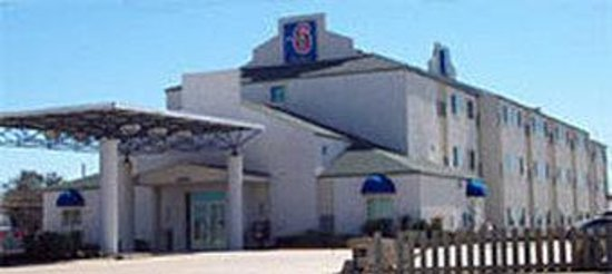‪Motel 6 San Antonio South‬