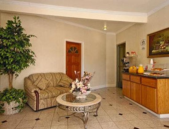 Super 8 Motel - San Jose Airport/Santa Clara Area: Breakfast Area