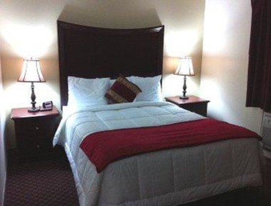 Days Inn Lewiston: Guest Room With One Bed