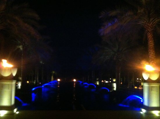 Al Bustan Palace, a Ritz-Carlton Hotel: Night time