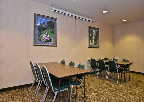 Quality Inn and Suites, Sequim: Meeting Room