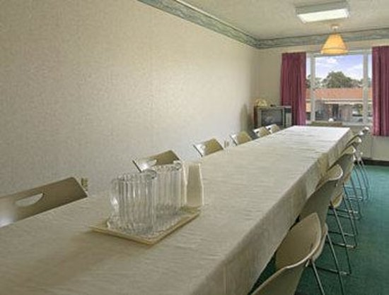 Ramada Vineland: Conference Room