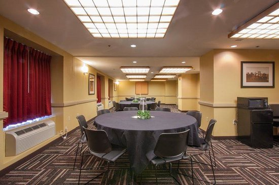 Red Roof Inn Columbus Downtown - Convention Center: Meeting Room 2 A