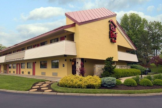 Red Roof Inn Cincinnati Northeast - Blue Ash: Inn Exterior