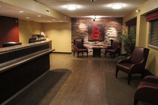Red Roof Inn: Lobby