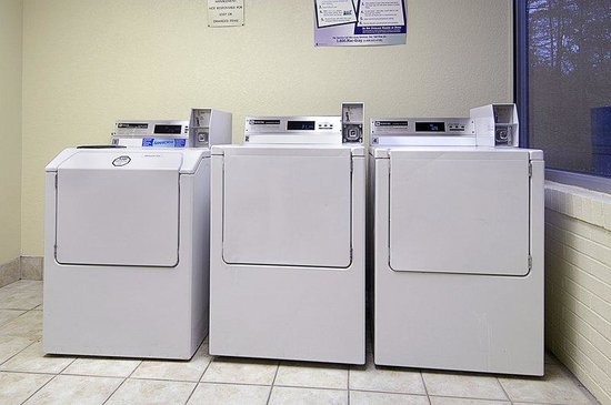 South Deerfield, MA: Guest Laundry