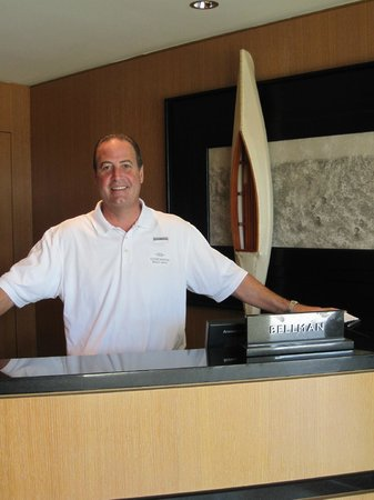 Edgewater Beach Hotel, A Waldorf Astoria Hotel: Our favorite friendly employee John!