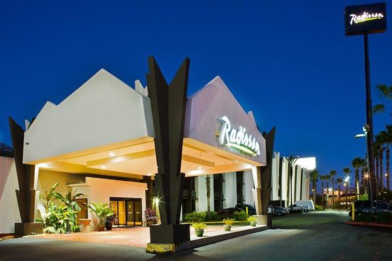 Radisson Hotel Baton Rouge: Exterior