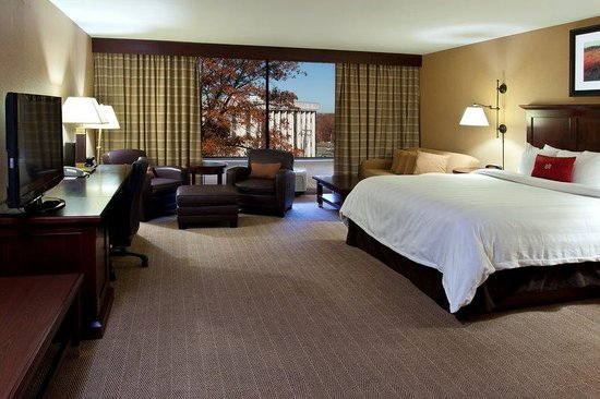 Crowne Plaza Hotel Cleveland South - Independence : Suite