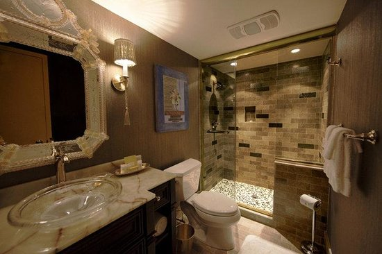 Royal Sonesta Hotel New Orleans: Presidential Suite Bath