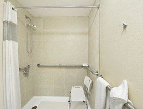 Perry, GA: ADA Accessible Bathroom