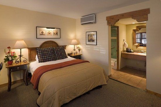 Old Santa Fe Inn: Suite