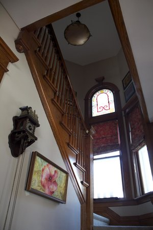 Brighton, Canada: stairs up to the bedrooms