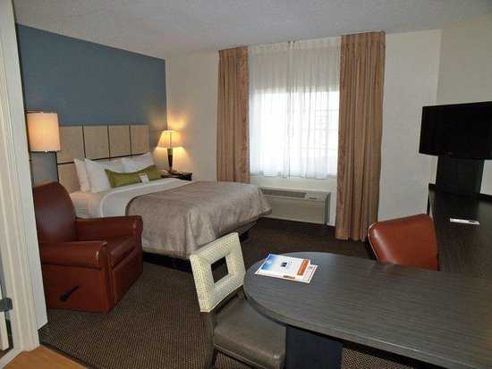 Candlewood Suites Chicago O'Hare: Studio Suite