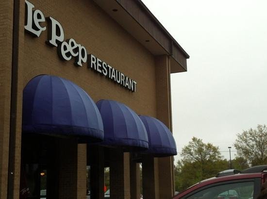 Shawnee Mission, KS: Le Peep