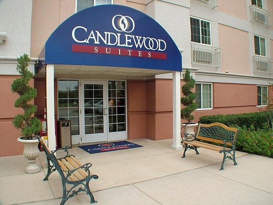 Candlewood Suites Dallas, Las Colinas: Candlewood Suites Hotel Dallas Las Colinas Entrance