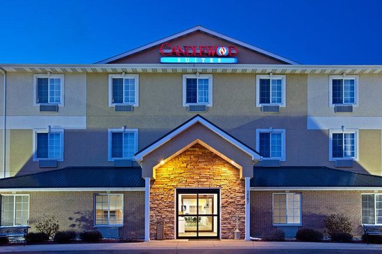 Candlewood Suites Stevensville: Hotel Exterior