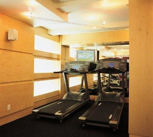 The Roger: Fitness Center 3