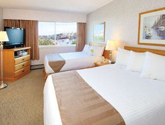 Days Inn Victoria On The Harbour: Guest Room with Two Beds