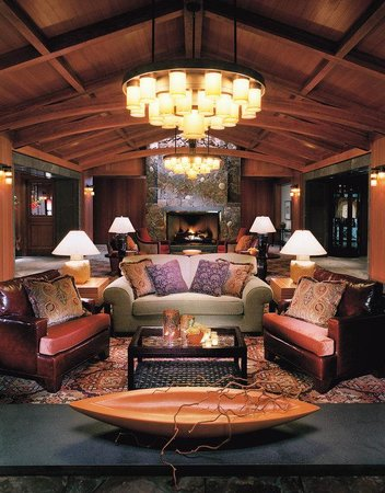 Four Seasons Resort Whistler : WHI Lobby