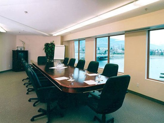 Holiday inn Hotel & Suites: Holiday Inn Osoyoos Kingfisher Meeting Room
