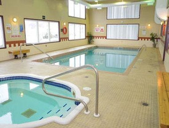 Ajax, Canada: Pool
