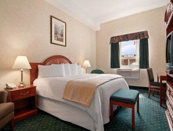 Strathmore, Canada: King Board Room Suite