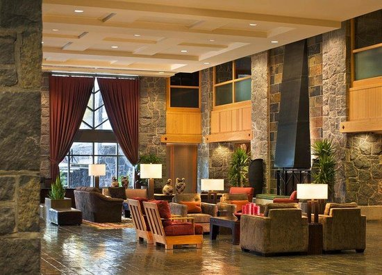 The Westin Resort & Spa, Whistler: Lobby