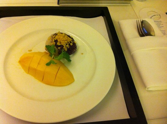 "Park Plaza Sukhumvit Bangkok: 180 bahts le ""Mango with sticky rice"" : un peu cher mais exceptionnellement bon !"