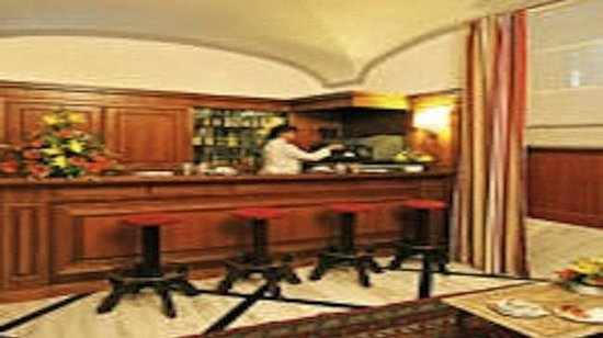 Hotel Arcangelo: Bar