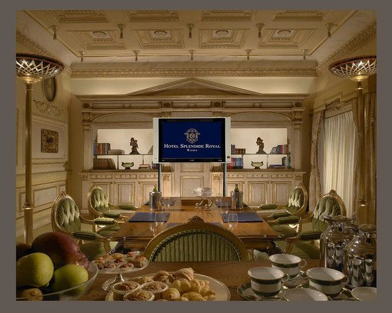 Hotel Splendide Royal: Board Room