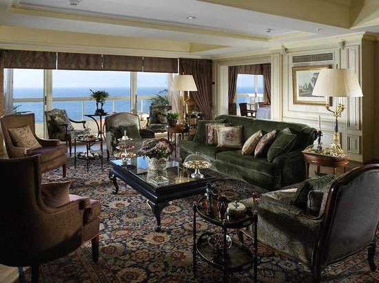 Le Vendome InterContinental Beirut: Royal Suite Living Room