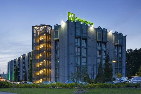 Holiday Inn Hannover Airport : Hotel Exterior 