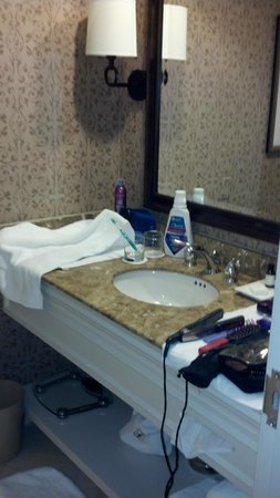 The Fairmont Dallas: One-Vanity Sink