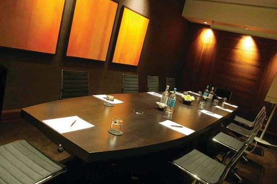 Crowne Plaza London - The City: Winslow Meeting Suite