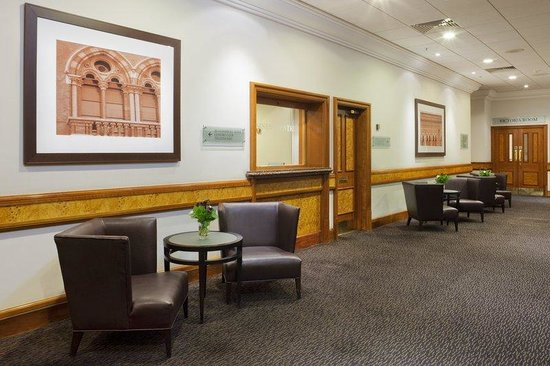 Holiday Inn London - Kings Cross / Bloomsbury : Meeting Rooms Reception Area 