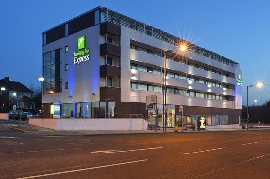 Holiday Inn Express London - Golders Green North : Hotel Exterior