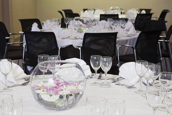 Holiday Inn London - Mayfair: Stratton Suite set up for a wedding reception