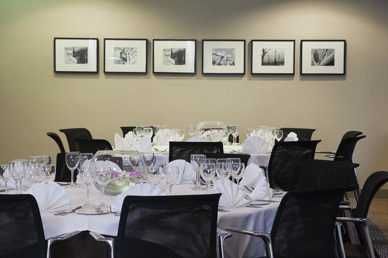 Holiday Inn London - Mayfair: Example set up for Banquet style