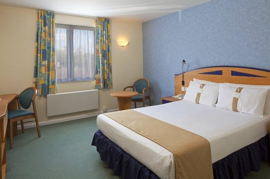 Holiday Inn Express Poole: Rest and relax after a long day