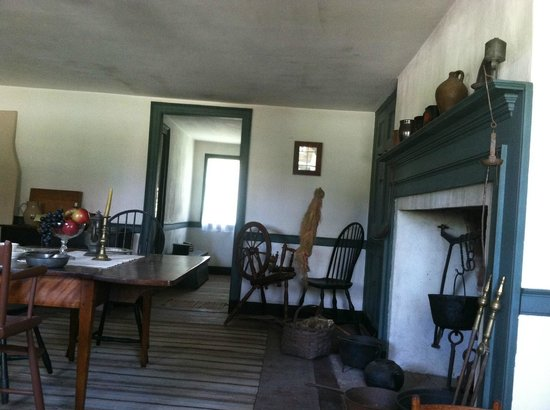 Cooper House Living Area Picture Of Old Bethpage Village Restoration Old Bethpage Tripadvisor
